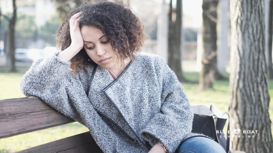 Sad girl on bench | depression counseling Columbus Ohio | Blue Boat Counseling | Worthington | online depression counseling