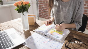 Woman with calendar   mental health therapist in Columbus   Blue Boat Counseling   November 2020  online therapy Ohio