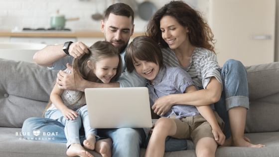 Family on zoom call | COVID-19 and mental health | anxiety therapist in columbus | Blue Boat Counseling | April 2021